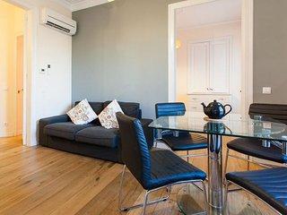 Clasico Aragon apartment in Eixample Esquerra {#h…