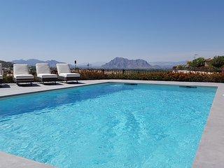 Front Line Villa On La Finca Golf Resort, Private, Algorfa