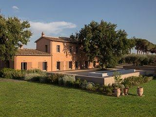 Tenuta di Paternostro Etruscan Country Retreat