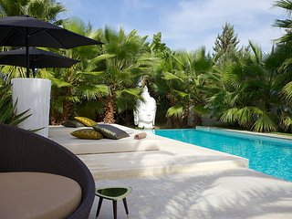 Villa Zenita, Stunning 5 Bedroom Private Luxury, Ses Paisses