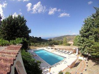 4 bedroom Villa in Perdifumo, Campania, Italy : ref 5228283
