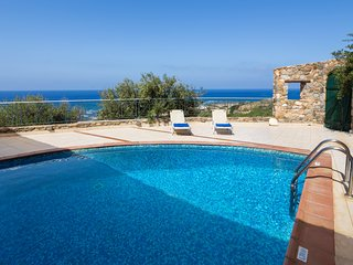 Sea Views and Wild Nature at Artemis Villa