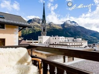 Nenasan Center Terrace in St Moritz