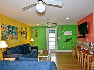 Almost Southernmost Too- The Perfect KW Rental- Pool & Sundeck-Steps to Duval, Key West
