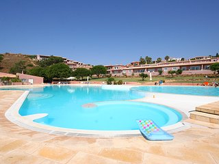 Porto dona Maria, 1 bedroom duplex with WiFi, Burgau