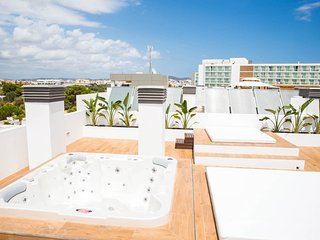 Penthouse Escape, Playa d'en Bossa