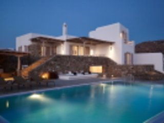 5 bedroom luxury beach villa with private pool