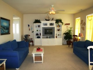 perfect location in wildwood!memorial day weekend open,call for last minute deal