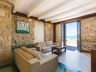 Beach Front Residence IV, sandy holiday!, Rethymnon