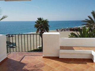 Primera linea de playa. La Cala de Mijas. Arruzafa Playa 2.
