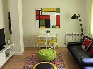 Apartamento luminoso y muy centrico con WIFI y A/C