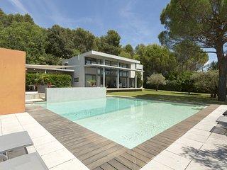 Villa Cendre