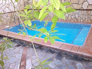Cosy house in Andalusia with Jacuzzi, El Bosque