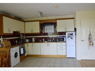 Cosy 2 bed apartment, Renmore