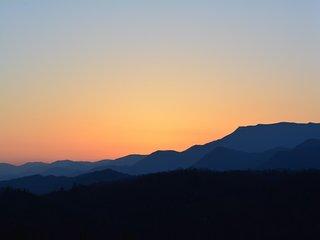 Cedar Sunrise, Oatmeal