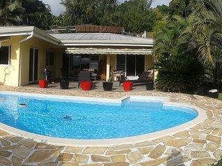 Charmante villa avec piscine, Punaauia