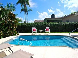 Mermaids Cove   4 Bedroom 2 Bath House With A Pool On The Water In St Pete!, San Petersburgo