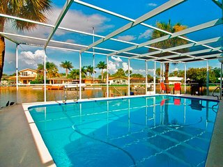 Dolphin Run   On The Water 3 Bedroom 2 Bathroom House With a Pool in St Pete, San Petersburgo