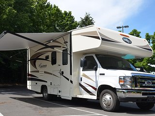 RV rental in Bellevue, viarv llc, price include 100 miles/day, $0.50 extra extra