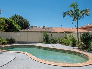 Gold Coast Theme Park - Family Friendly Villa