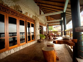 Penthouse on the Rocks - Tony's Place, Unawatuna
