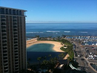 Ilikai Hotel unit 2022, Honolulu