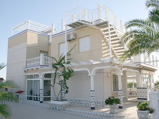 Playa flamenca beach villa 3