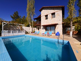 3 bedroom private rental villa in Turkey with a sensational view over the valley, Kalkan