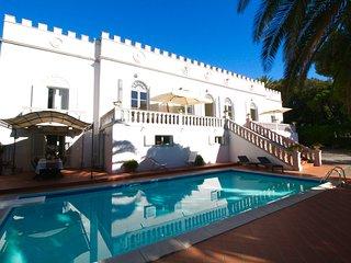 Beautiful Tuscan Villa in Seaside Town and Near the Beach  - Villa Castiglioncello