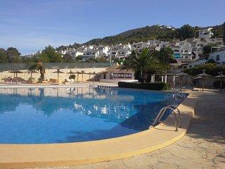 MORAIRA at  Villotel - sleeps 7 -  4 Bedrooms - A/C - Large Communal Pool -, Moraira