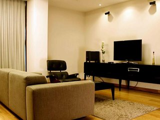 Luxurious Studio Apartment in Mayur Vihar, New Delhi