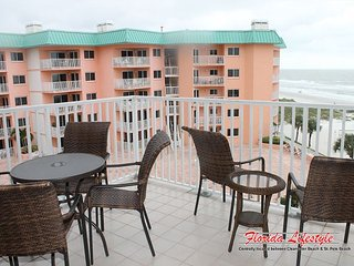Beach Palms Condominium 404