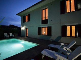 Casa Vacanze Jessica a Stibbio con piscina, parcheggio privato