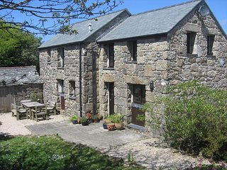 Chycoll Barn - granite barn conversion in an idyllic, rural environment, Sancreed