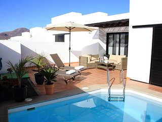Beautiful villa in quiet residential area near Lanzarote's best beaches