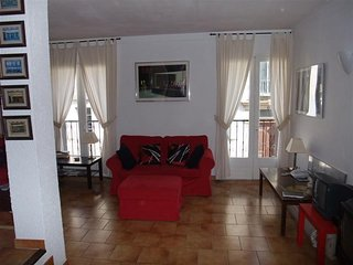 Beautiful house, close to all amenities., Quillan