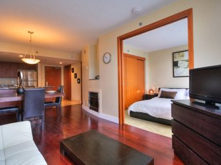 Condo 1 br-Conv Center-Old Town, Montreal