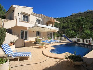 Geraldo - sea view villa with private pool in Benitachell, Teulada