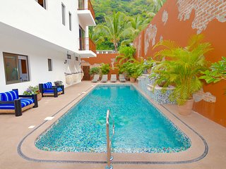 The Leinster at Casa Abina 2 Bedroom/2 Bath Luxury, Puerto Vallarta