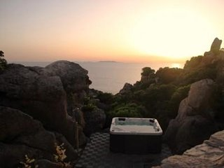 ROCCE BIANCHE with jacuzzi in the rocks in wild Sardinia you've never seen