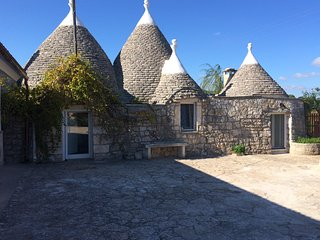 Romantic Ancient Trullo Cicerone