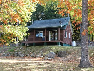 Cabin rental on the Penobscot River, Lincoln
