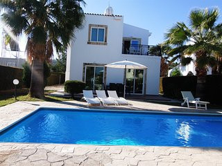 Latchi Villa -Just 200m to the Sea -Private pool