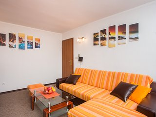 Apartment Petra - One Bedroom Apartment with Garden View, Dubrovnik