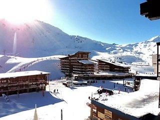 Amazing studio with mountain view