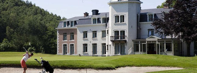 Chateau de Bernalmont 'The place to stay'
