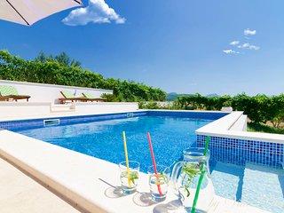 Villa Plano Trogir Croatia with pool