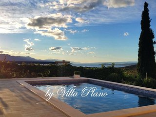 Villa Plano Trogir Croatia with pool