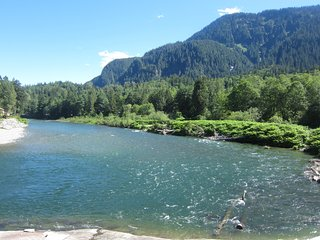 Romantic Riverfront Studio/by Stevens Pass/ Pet friendly, Index