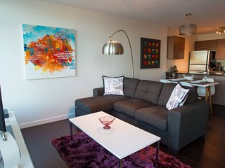 Beautiful1.5BR DowntownCityViewPeaceful&Zen!, Vancouver